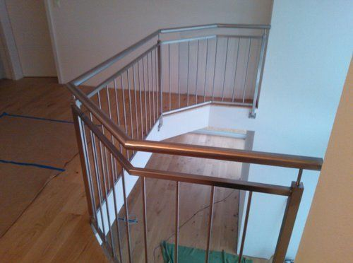 JM Serrurerie réalisations- Balustrade tube inox, barreaudage